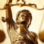 """""""Judecătorii care iau decizii ilegale trebuie demiși și lăsați fără pensie"""""""